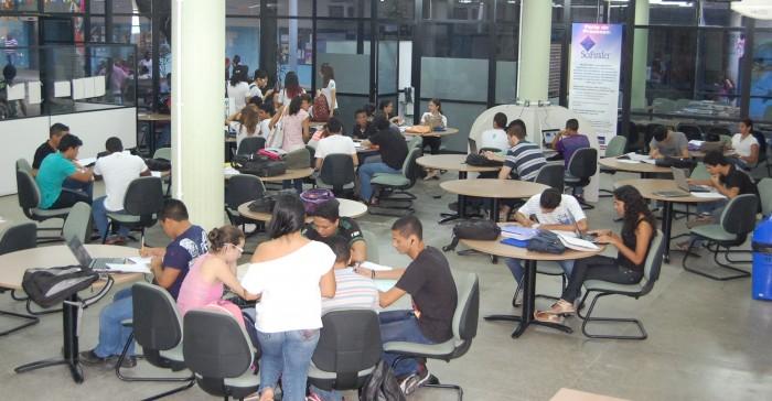 Biblioteca campus Monte Castelo